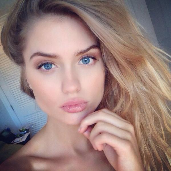 Miss-Selfie 30-10-2014 20-20-30